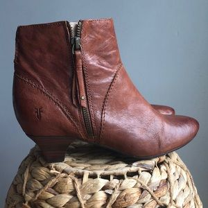 Vintage Frye booties great condition size 7